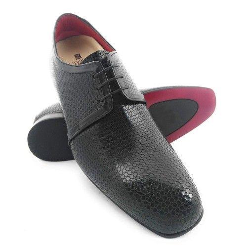 Potenzia le scarpe per uomo prodotte in Spagna Zerimar - 1