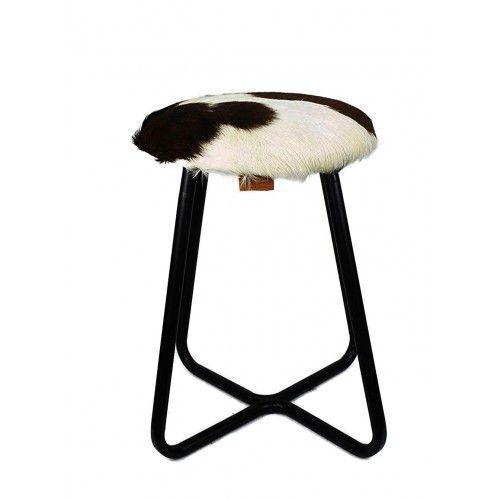 Sgabello rivestito di pelle di capra e gambe in metallo 30x30x45 cm Zerimar - 1