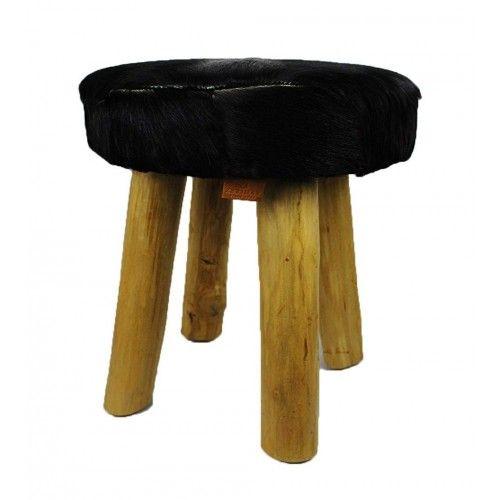 Sgabello basso in legno di teak rivestito in pelle di capra naturale Zerimar - 1