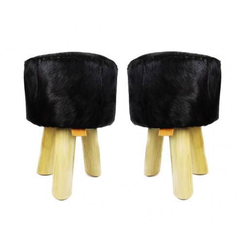 Confezione da due sgabelli in legno rivestito in pelle di capra naturale 30x30x45 cm B Zerimar - 1