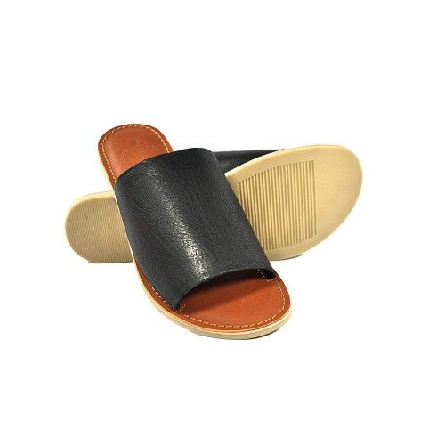 Sandali piatti in pelle liscia