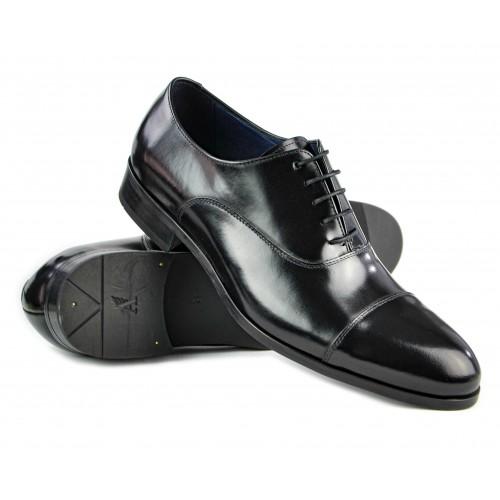 Scarpa classica in pelle...